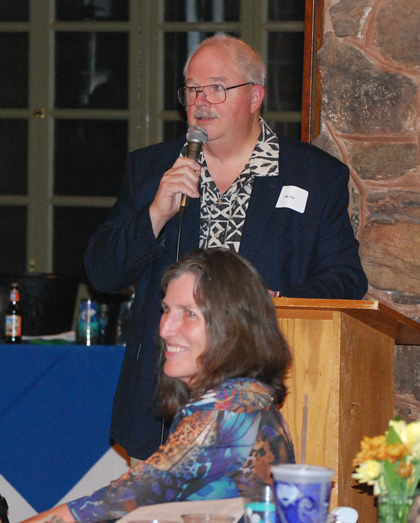 Ray Fleer speaks at celebration dinner